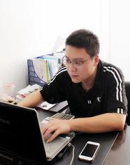 金桥团队设计师-郑